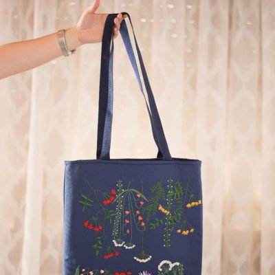 Bolsas de tela bordadas a mano